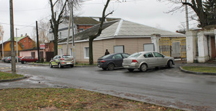 Здание автошколы